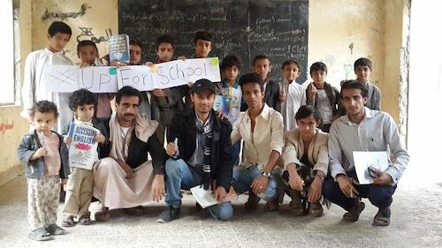 Teaching Yemeni children whose schools were damaged in airstrikes