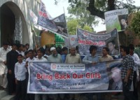 Global Youth Ambassadors in Pakistan march in solidarity with Nigeria girls