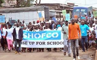 Video: hundreds of Kenyans march through Kibera to stand #UpForSchool