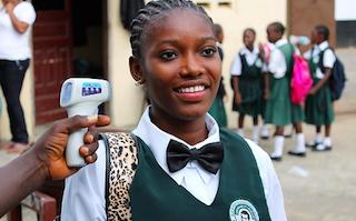 Liberian children go back to school after Ebola shutdown