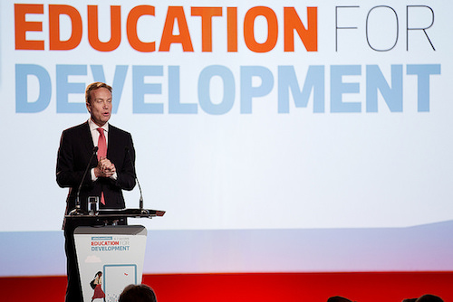 Norwegian Foreign Minister Borge Brend addresses the summit