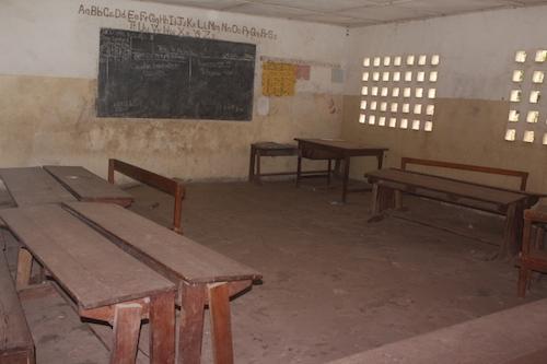 Sierra Leone classroom lies empty because of Ebola outbreak