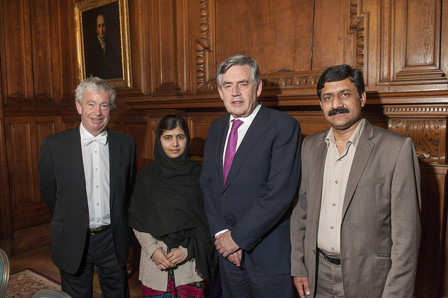 Edinburgh University Principal Timothy O'Shea, Malala Yousafzai, Gordon Brown and Ziauddin Yousafzai at the University