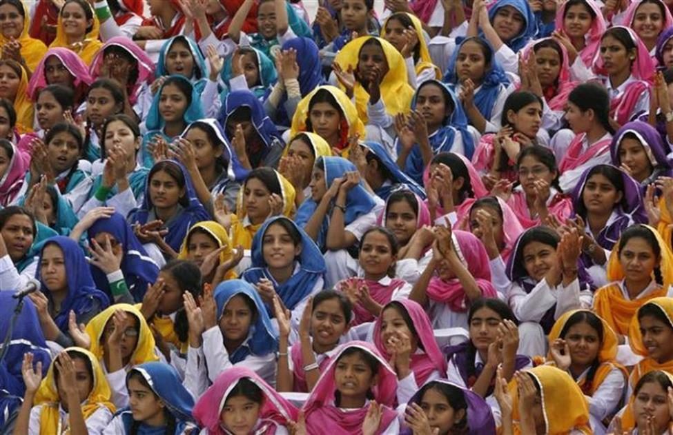 young girls in Pakistan