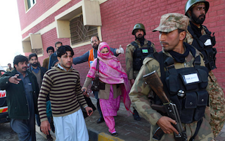 Students killed as gunmen attack Pakistan university