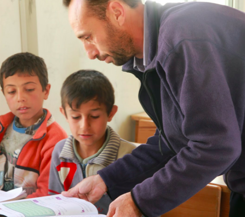 Syrian teacher tells about school life at Jordan refugee camp