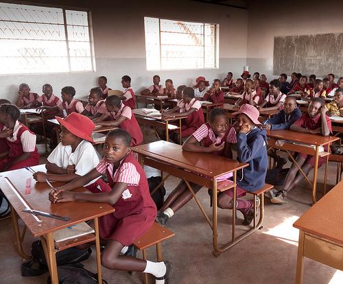Zimbabwe schoolchildren get free access to educational websites